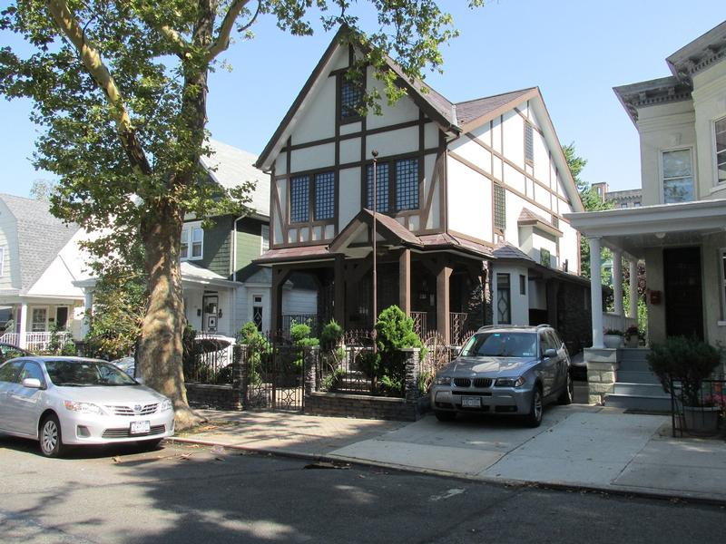Saturday Night Fever House - Brooklyn - History's Homes