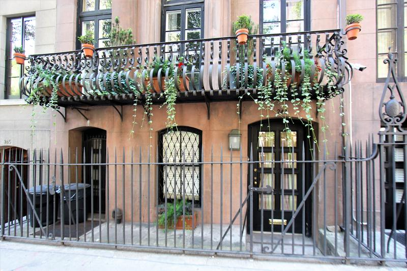 Katharine Hepburn Home - NYC - History's Homes