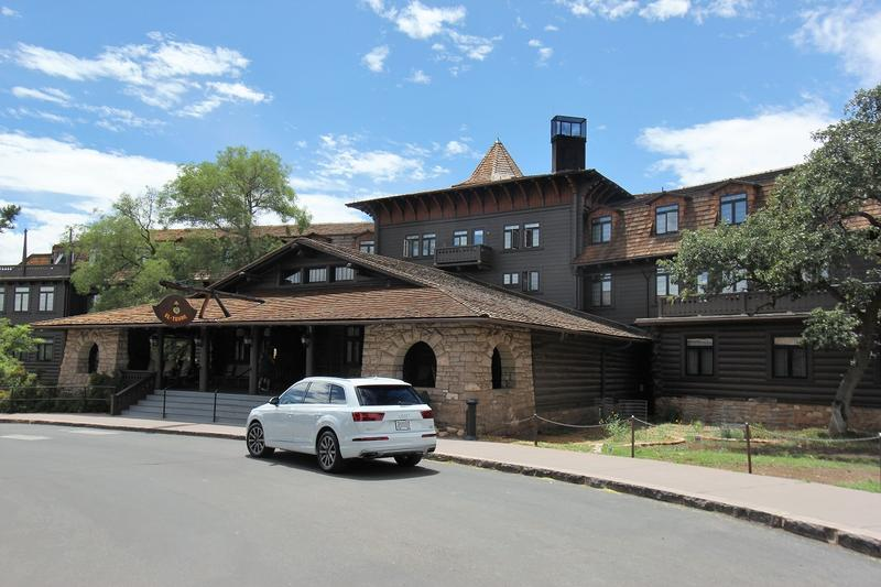 El Tovar Hotel - Grand Canyon - History's Homes