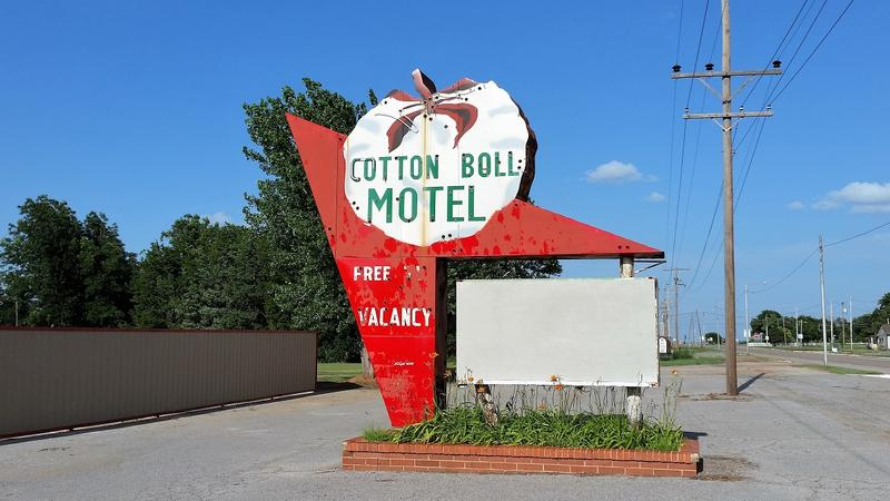Cotton Boll Motel - Canute - History's Homes