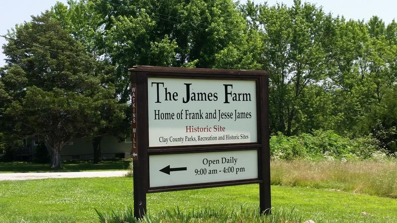 Jesse James Farm sign - MO - History's Homes