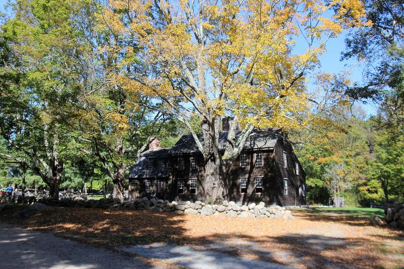 Hartwell Tavern - Lincoln - History's Homes