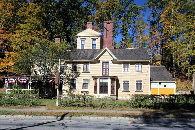 The Wayside - Concord - History's Homes