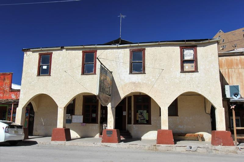 Oatman Hotel - Arizona - History's Homes