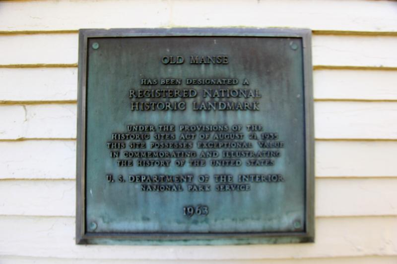 The Old Manse plaque - Concord - History's Homes