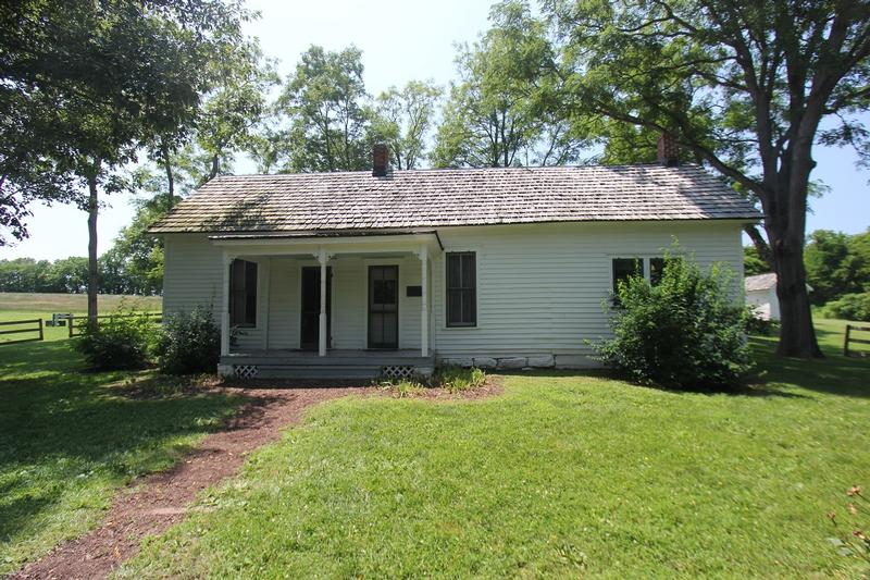 Jesse James Farm - MO - History's Homes