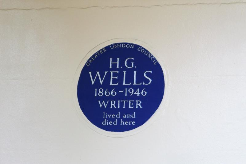 H.G. Wells Home plaque - London - History's Homes