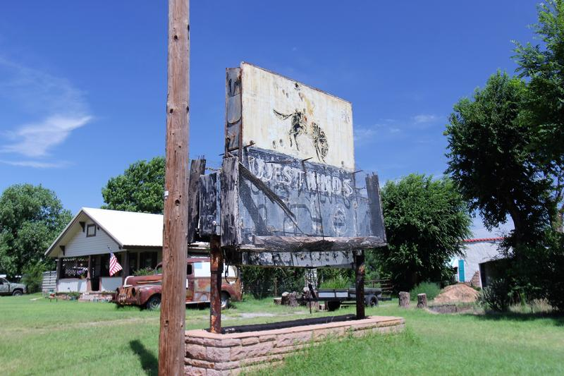 West Winds Motel sign - Erick - History's Homes
