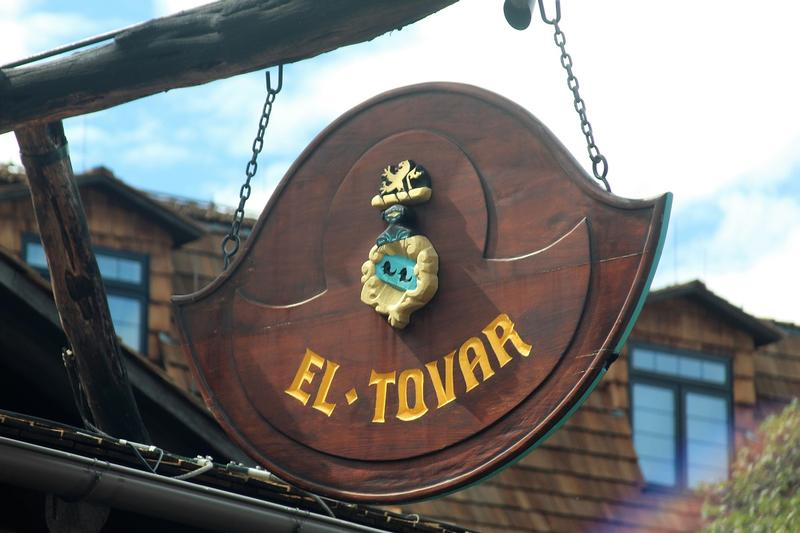 El Tovar Hotel sign - Grand Canyon - History's Homes
