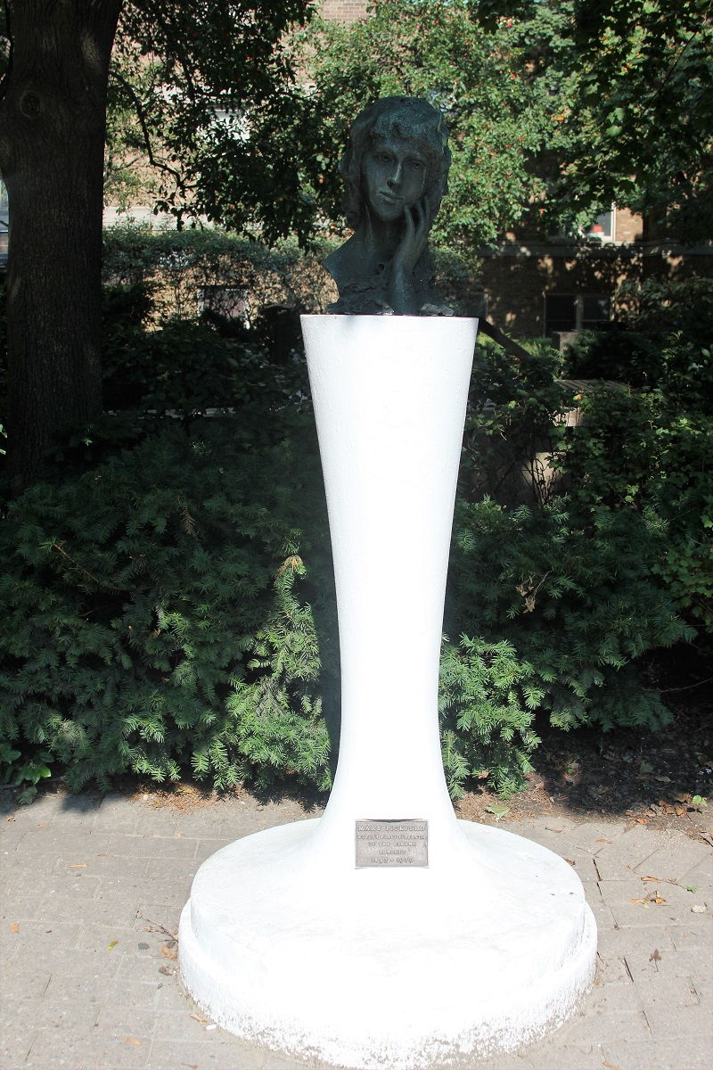 Mary Pickford Birthplace bust - Toronto - History's Homes