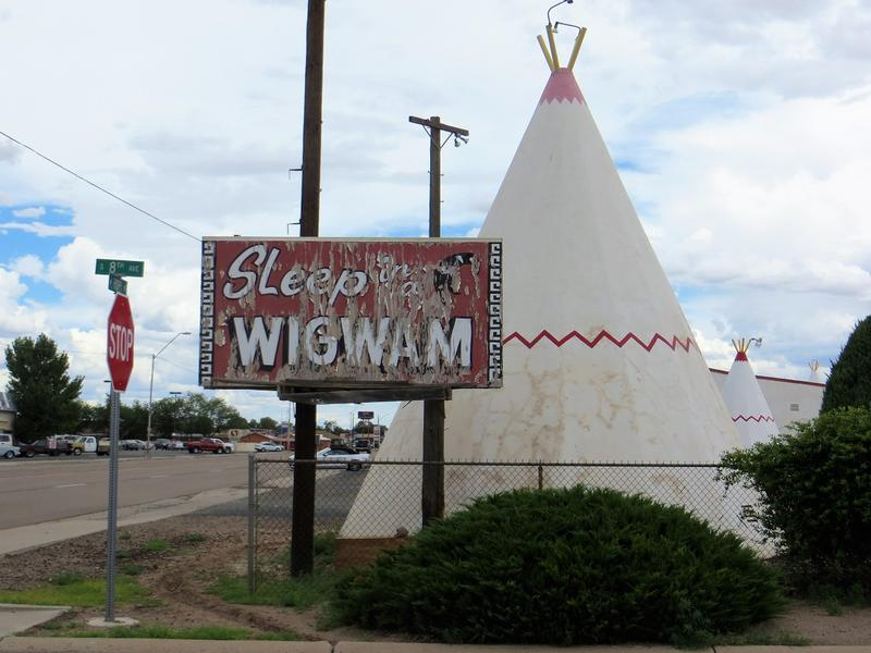 Wigwam Motel #6 sign - Holbrook - History's Homes