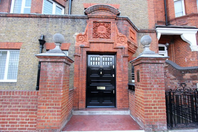 Oscar Wilde Home #1 - London - History's Homes