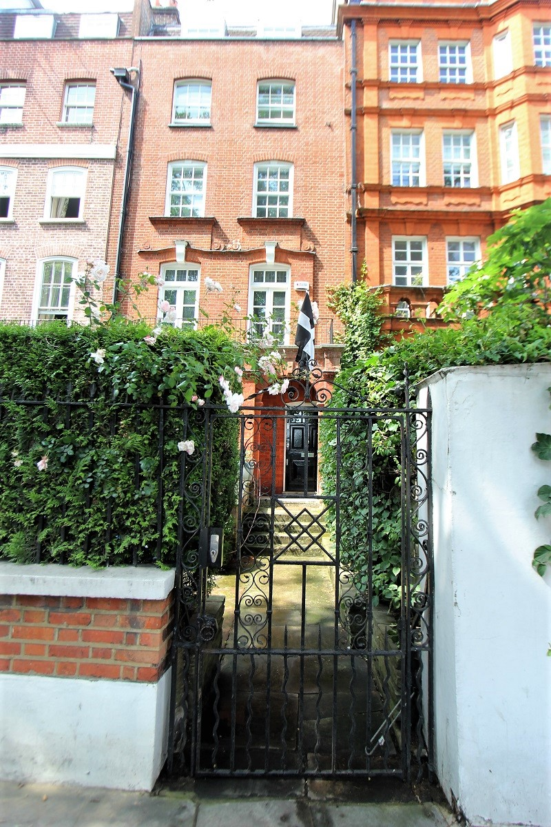 John Barrymore Home - London - History's Homes