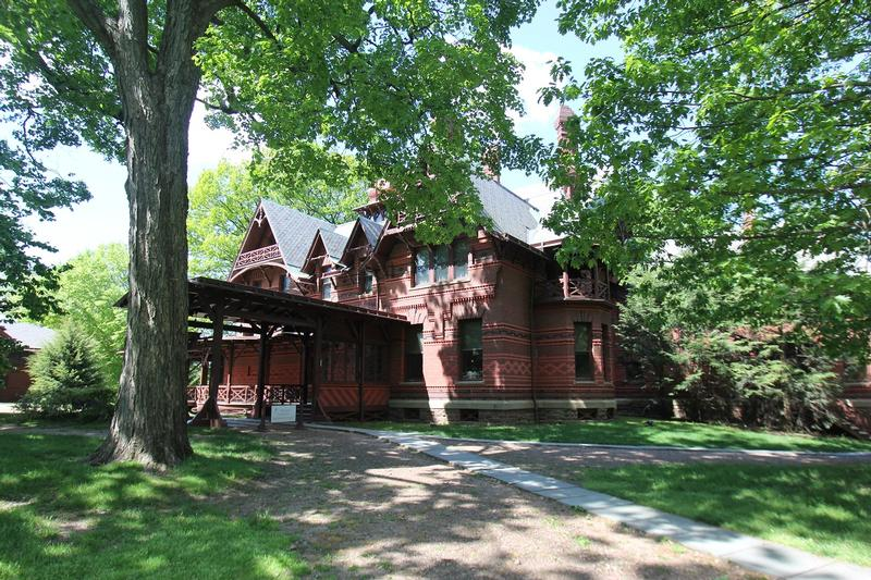 Mark Twain House - CT - History's Homes
