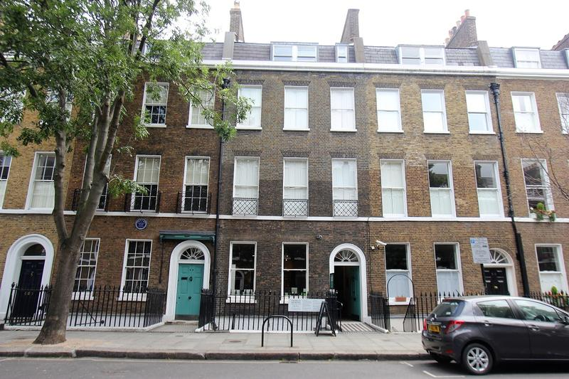 Charles Dickens Museum - London - History's Homes