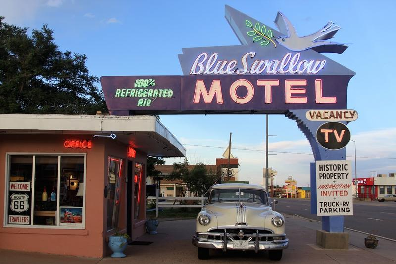 Blue Swallow Motel - Tucumcari - History's Homes