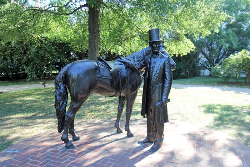 Lincoln Cottage statue - Washington, D.C. - History's Homes